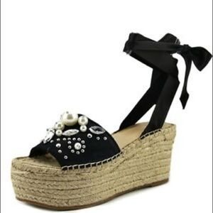 Guess Pearl Wedge Platforms Size 8 Black Wrap